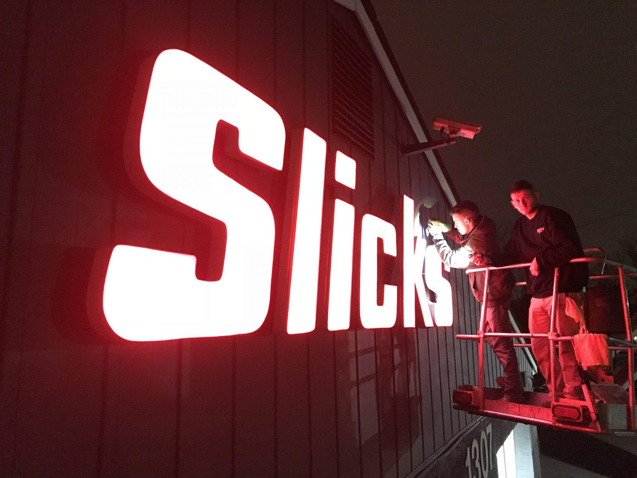 slicks graphics sign