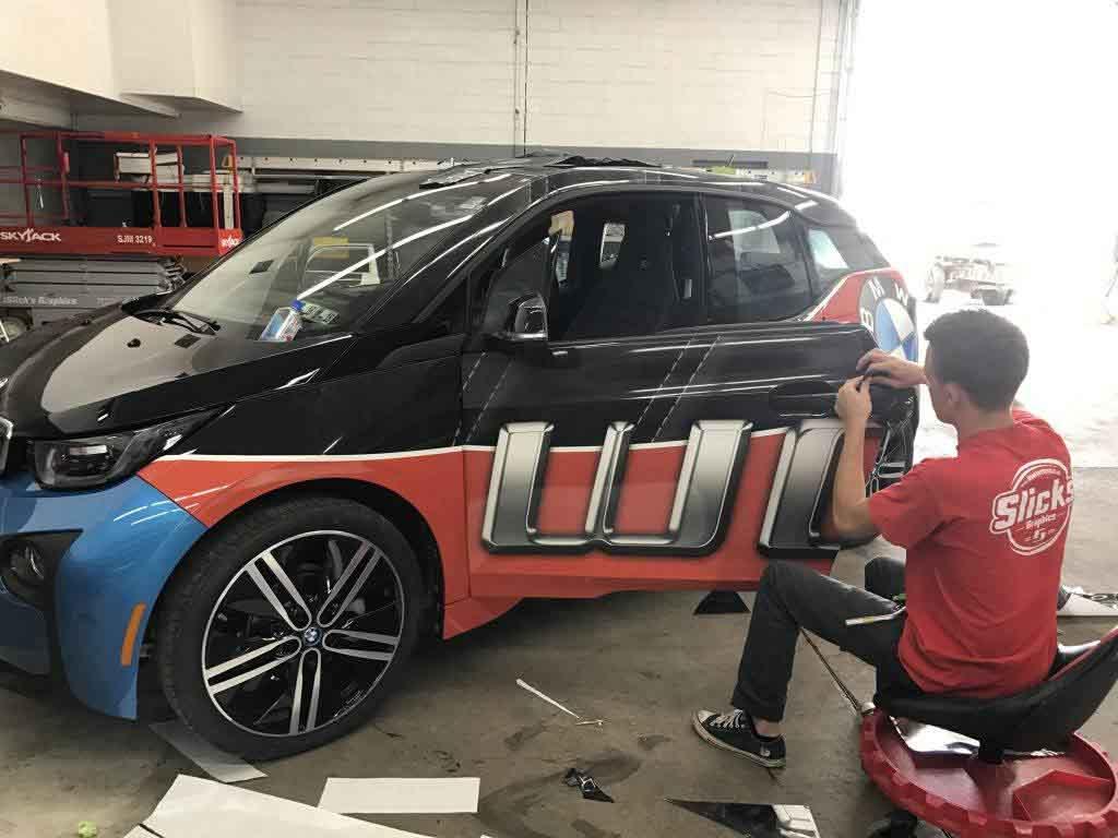 car wrap installing
